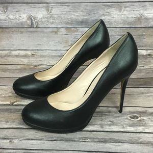 Victoria's Secret Black Pump